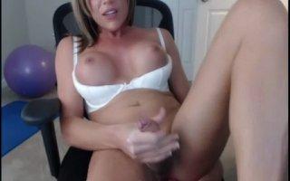Travesti Gostosa Tocando Punheta Webcam