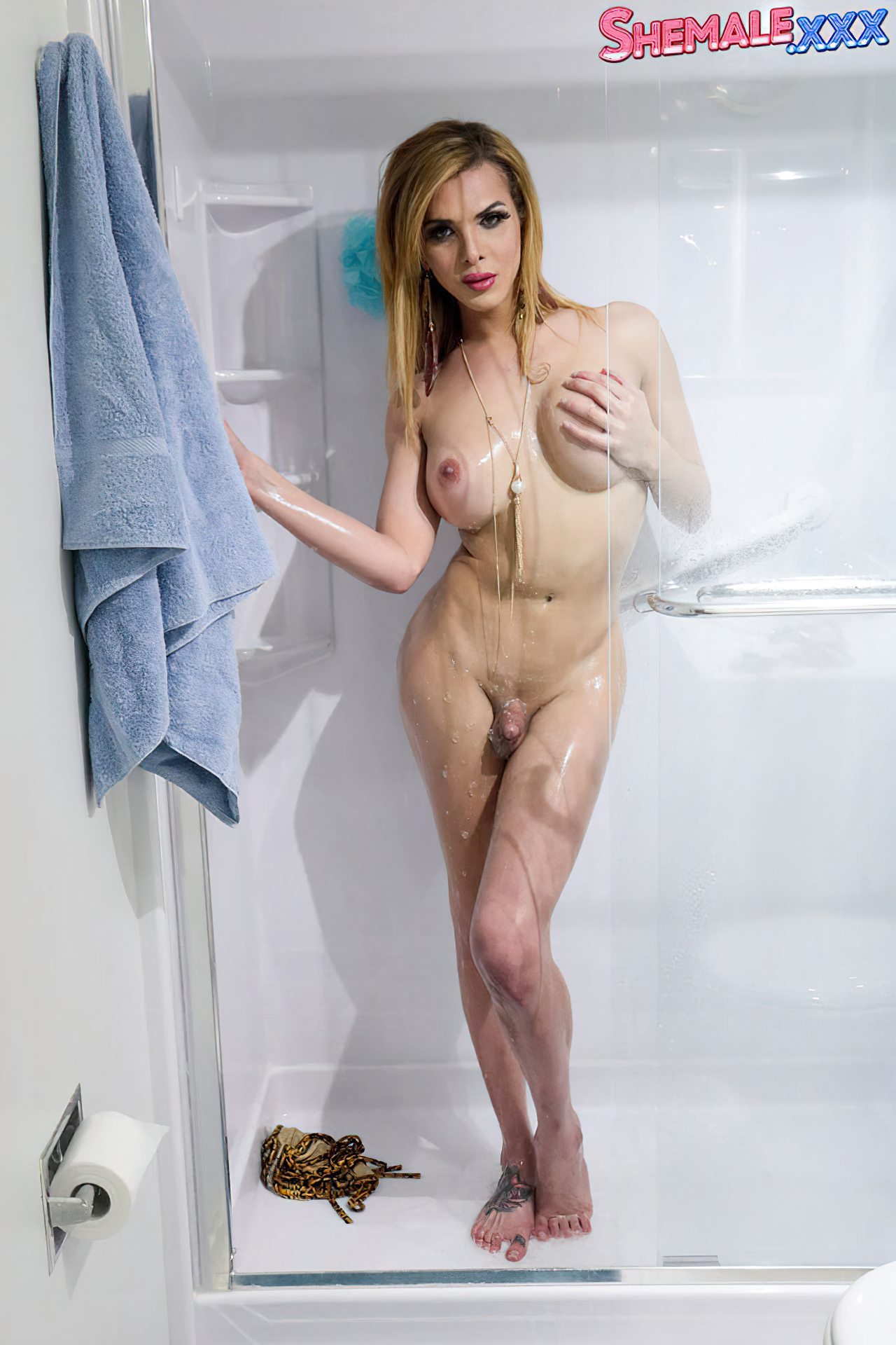 Gostosa Pronta Para Banho (5)